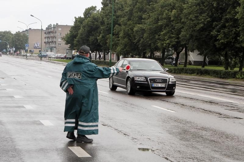 Rugsėjo 1-ąją sučiupti 39 neblaivūs vairuotojai