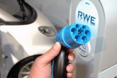 """""""General Electric"""" ketina įsigyti 25 tūkst. elektromobilių"""
