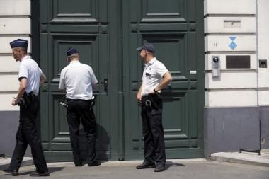 Popiežius Belgijoje įvykdytus reidus dėl seksualinio išnaudojimo vadina apgailėtinais