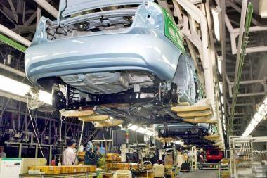 Europos automobilių rinkoje – atsigavimo ženklai