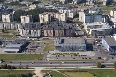 Nelaimė Vilniuje: žuvo iš devinto aukšto iškritusi moteris (papildyta)