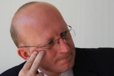 Lankydamasis pas etikos sargus A.Valinskas A.Sacharuką išvadino bailiu