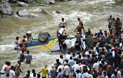 Indijos Kašmyre per staigius potvynius žuvusių žmonių skaičius perkopė šimtą (papildyta)