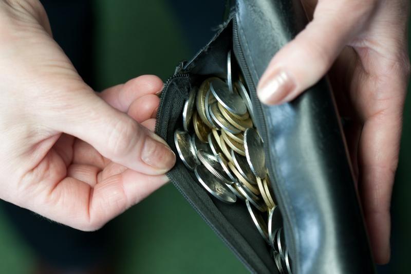 Pensijas dirbusiems pensininkams žada kompensuoti nuo 2013-ujų