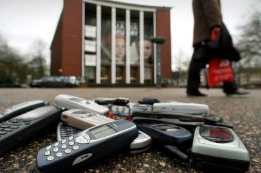 Estijoje skraidė telefonai