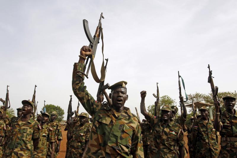 Sudane taikdarys nušovė tris savo tarnybos draugus