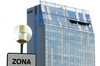 Vilniaus valdžios planuose: dangoraižį parduoti ir vėl jį nuomoti (papildyta)