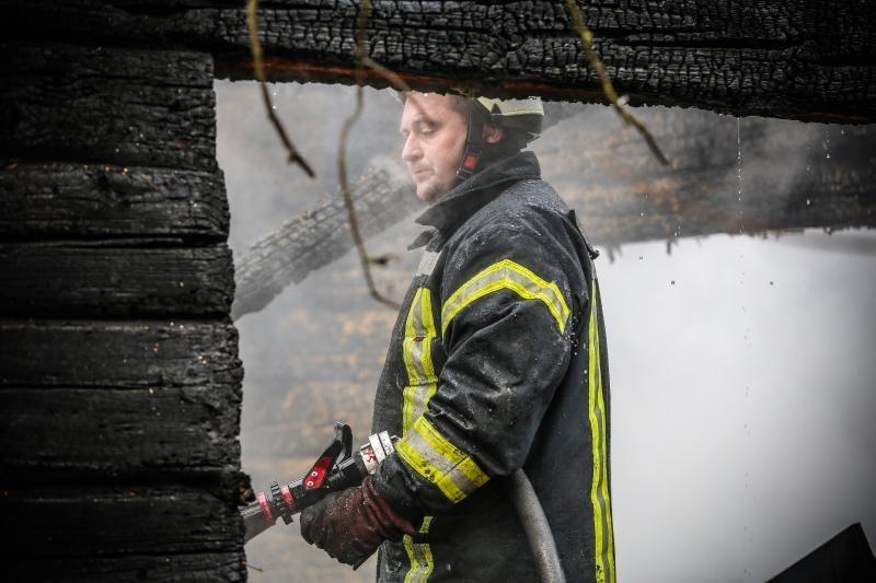 Liepsnos: Šalčininkų rajone per gaisrą žuvo 2 žmonės