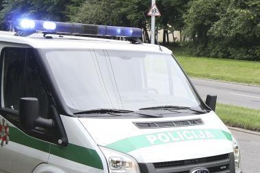 Policininkų šūviai elektros variklių vagišių nesustabdė