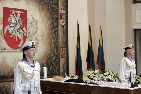 Atsisveikinti su A.M.Brazausku atvyks svečiai beveik iš visų Baltijos jūros ir kaimyninių šalių