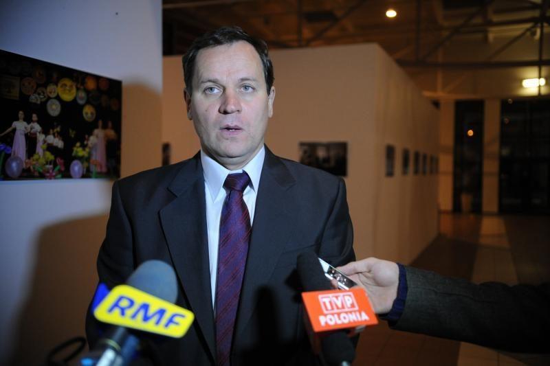 Pirmadienį valdantieji tikisi sulaukti lenkų apsisprendimo