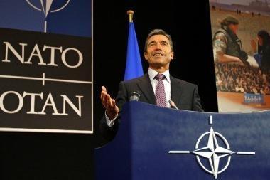 Britanijos valdžia remia NATO reformą