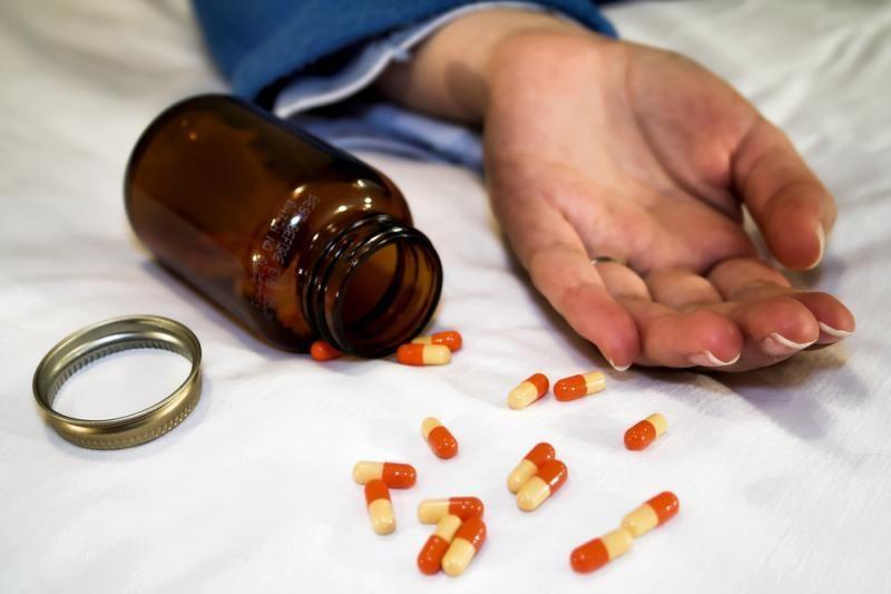 Vaikų globos namų auklėtinė įtariama apsinuodijusi medikamentais