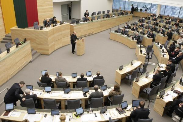 """Vyriausybės veiklai Seimas tarė """"taip"""""""
