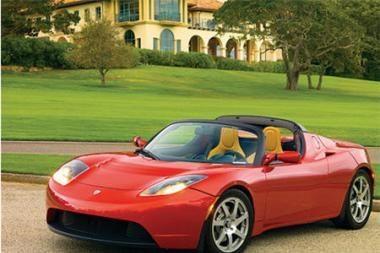 """""""Tesla Motors"""" akcijų vertė padvigubėjo dėl naujo modelio?"""