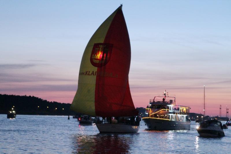 Sezono pradžią Klaipėdoje paskelbė laivų paradas