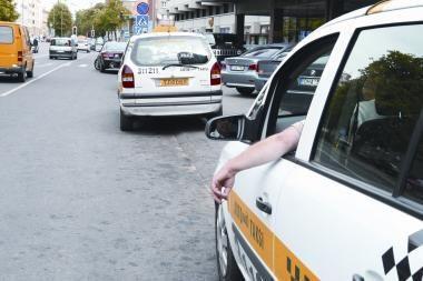 Kovai su taksistų savivale rengiama diskusija