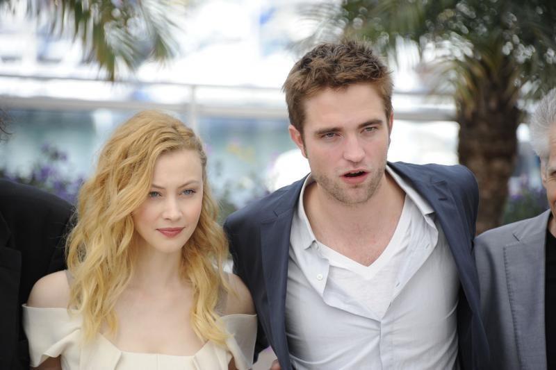 Robertas Pattinsonas trokšta vaidinti Džeimsą Bondą