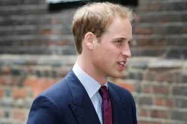 """Premjeras: princas Williamas """"ypatingai džiaugiasi"""" sužadėtuvėmis"""