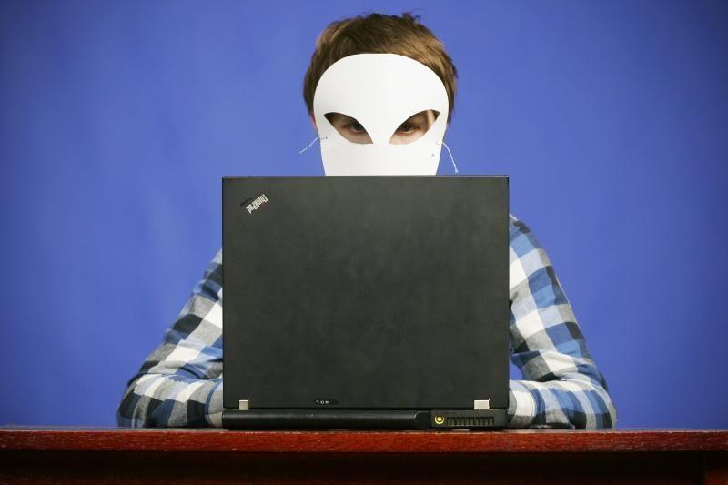 Kibernetinėse pratybose susirėmė kariniai IT specialistai