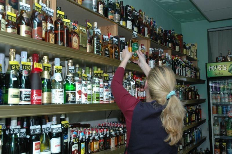 Ministras siekia uždrausti prekiauti alkoholiu aplink Sveikatos apsaugos ministeriją