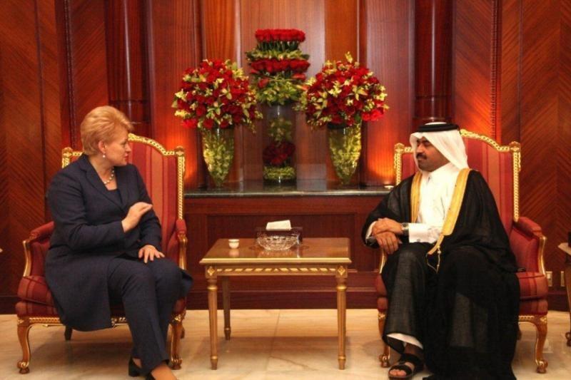Prezidentė Katare tariasi dėl dujų tiekimo į terminalą