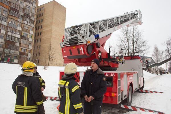 Per vieną parą Vilniuje gaisruose žuvo du vyrai