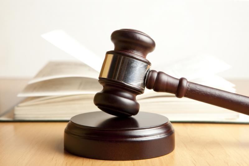 Teismas nepaleido į laisvę advokatą R.Rožkovą nužudžiusio sūnaus