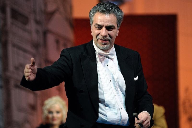 J.Geniušas: spektakliai ir koncertai įkrauna, bet ir atima daug jėgų