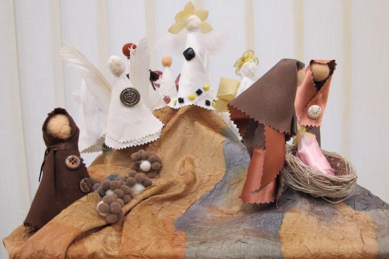 P.Domčaičio galerijoje – minkštos ir švelnios prakartėlės