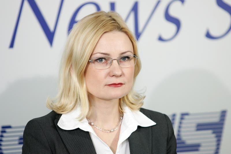 """R.Vainienė: """"šešėlyje"""" žmonės slepiasi ne nuo saulės, o nuo mokesčių"""