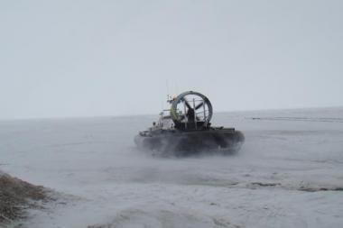 Po gaudynių ant Kuršių marių ledo sulaikytas girtas vairuotojas
