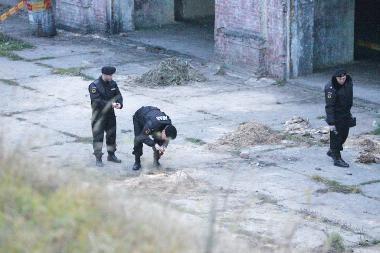 """""""Aro"""" pareigūnai """"šukavo"""" Kauno I forto teritoriją (papildyta)"""