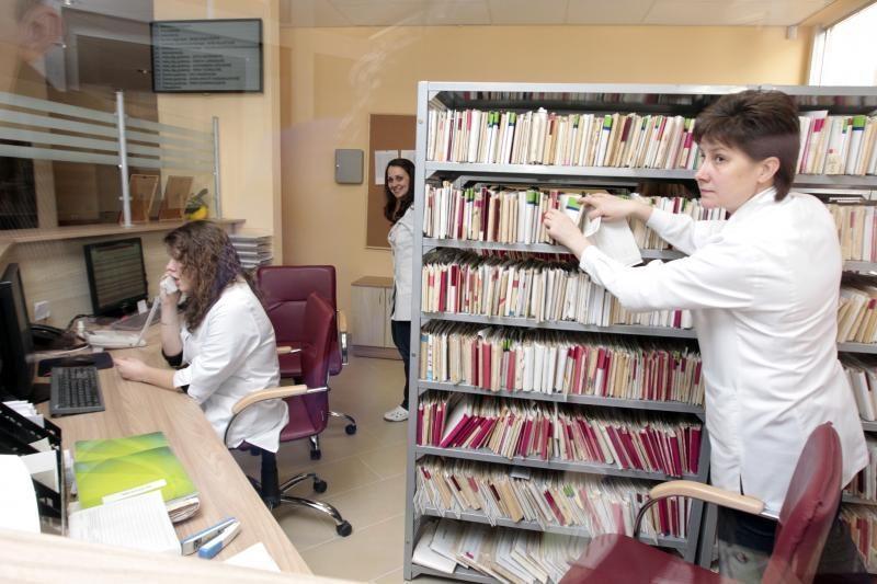 Seimas pasiryžęs iš gydymo įstaigų išguiti neteisėtus mokesčius