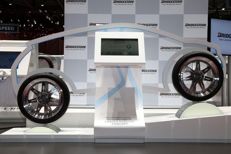 """""""Bridgestone"""" kuria ir bando konceptinę padangą"""