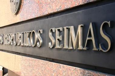 VRK panaikino teisinę neliečiamybę šeštam kandidatui į Seimą