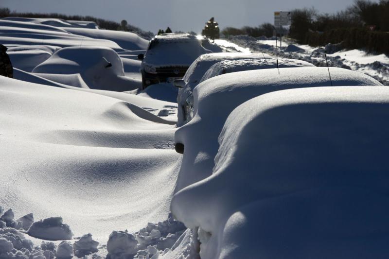 Baudos kvitas - už iš sniego nulipdą automobilį