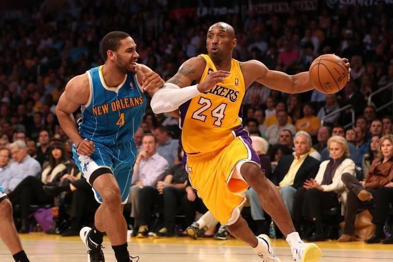 """NBA: """"Lakers"""" pasinaudojo šansu ir pasivijo """"Jazz"""" (rezultatai, top10)"""