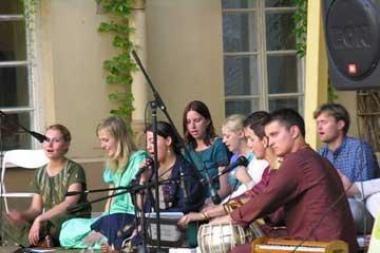 Bibliotekoje – indiška muzika ir meditacija