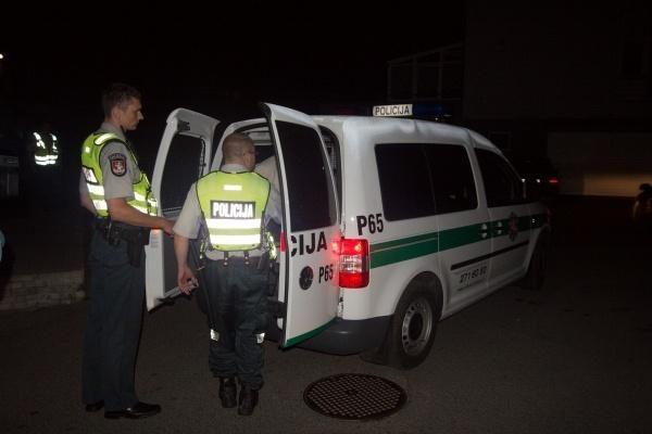 Šiauliuose per susišaudymą nukentėjo du žmonės, keturi asmenys sulaikyti