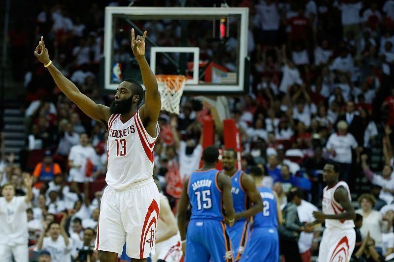 """D-Mo ir """"Rockets"""" nukalė """"Thunder"""" bei pratęsė savo sezoną"""