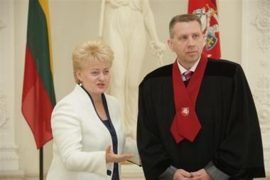 Prisiekė naujasis generalinis prokuroras D.Valys