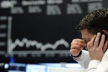 Pasaulio biržos vis dar skęsta