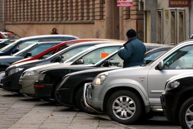 Gegužę naujų automobilių rinka smuko vos keliais procentais