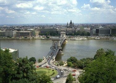 Budapešte – masinė evakuacija dėl 2 tonų bombos