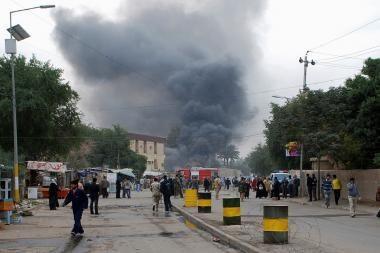 Irake per virtinę užminuotų automobilių sprogdinimų žuvo 41 žmogus
