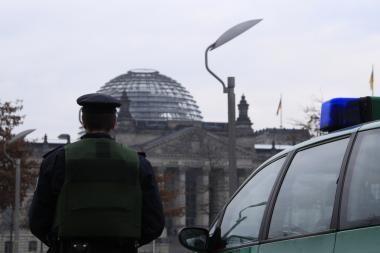 Dėl terorizmo grėsmės uždaromas Vokietijos Reichstago kupolas