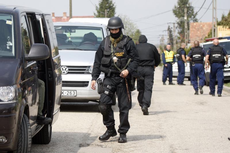 Vengrijos kaime vyras kardu mirtinai užkapojo keturis žmones