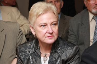 Seimo pirmininkė etikos sargams aiškinsis dėl pasisakymų apie K.Komskį