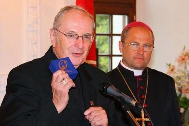 Popiežiaus pasiuntinį sužavėjo Kauno choristės